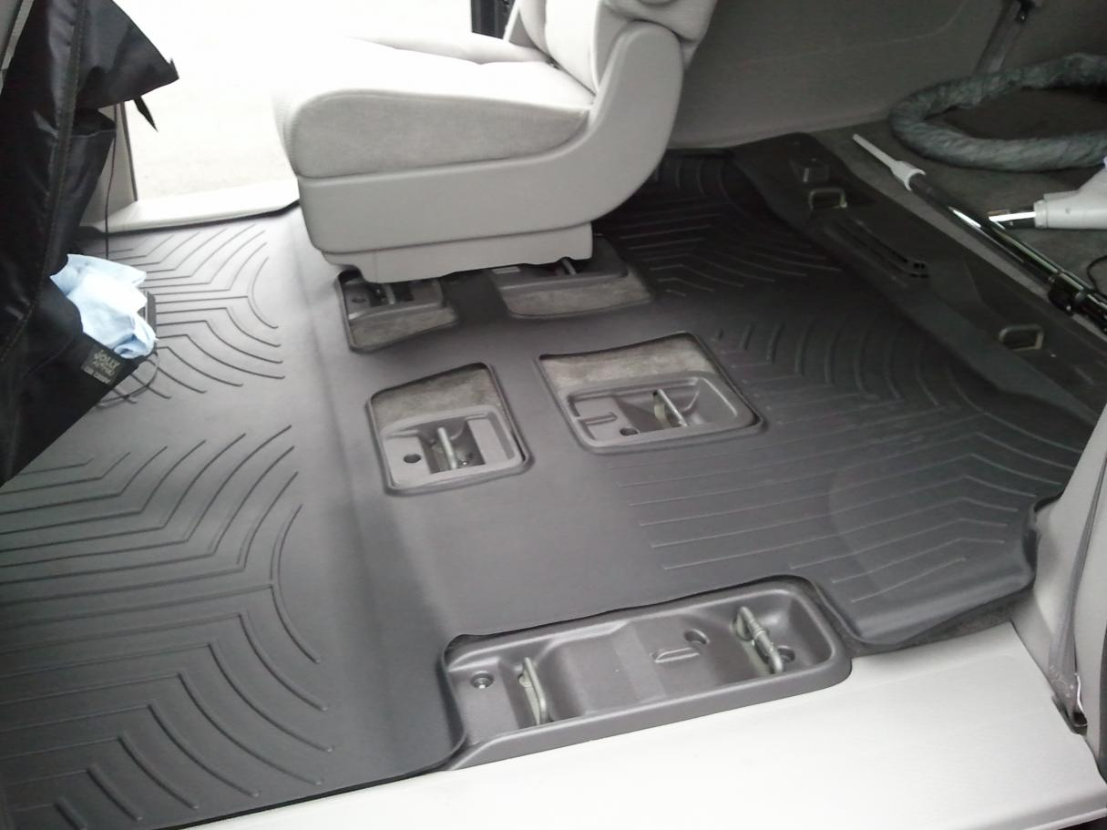 Weathertech floor mats honda odyssey 2005 - 2011 Odyssey Weathertech Digitalfit Complete Set Over The Hump Pictures 2011