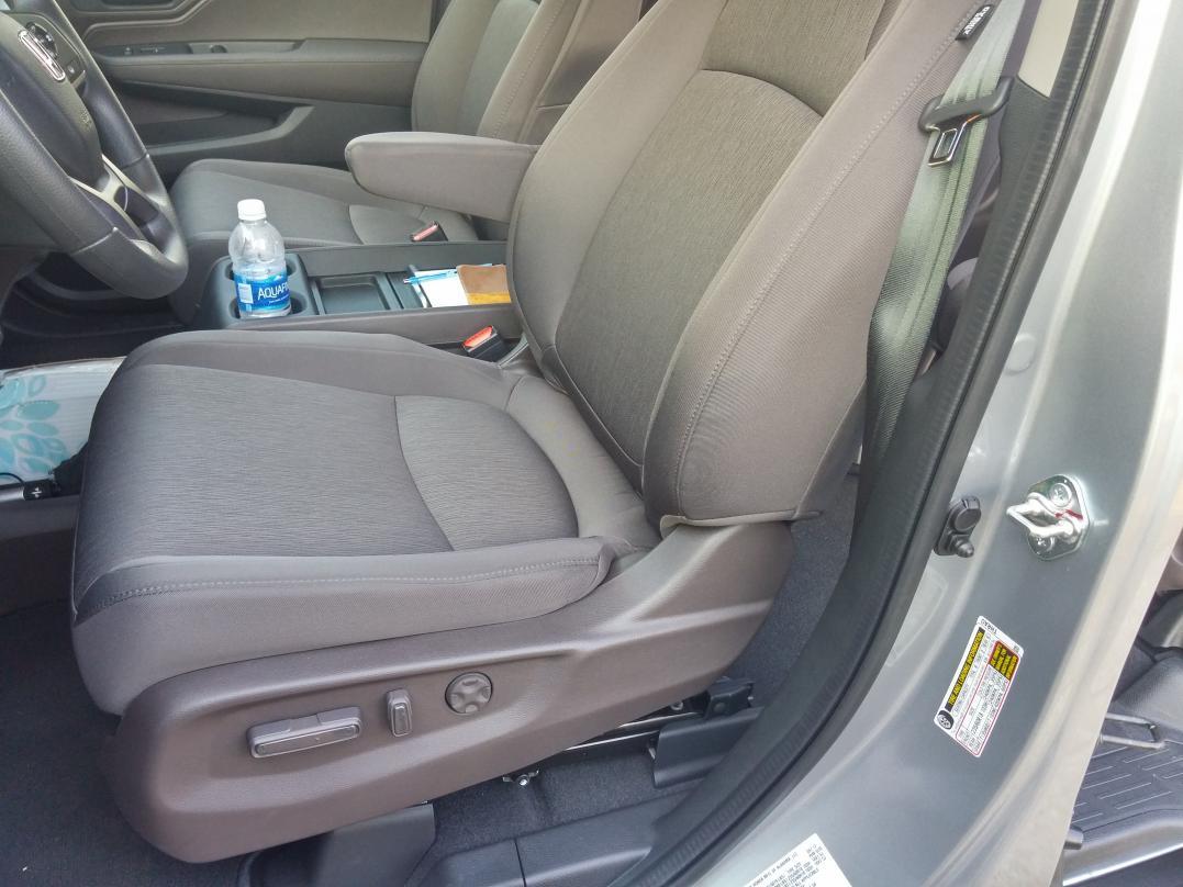Anyone have mocha cloth for Honda odyssey 2018 mocha interior