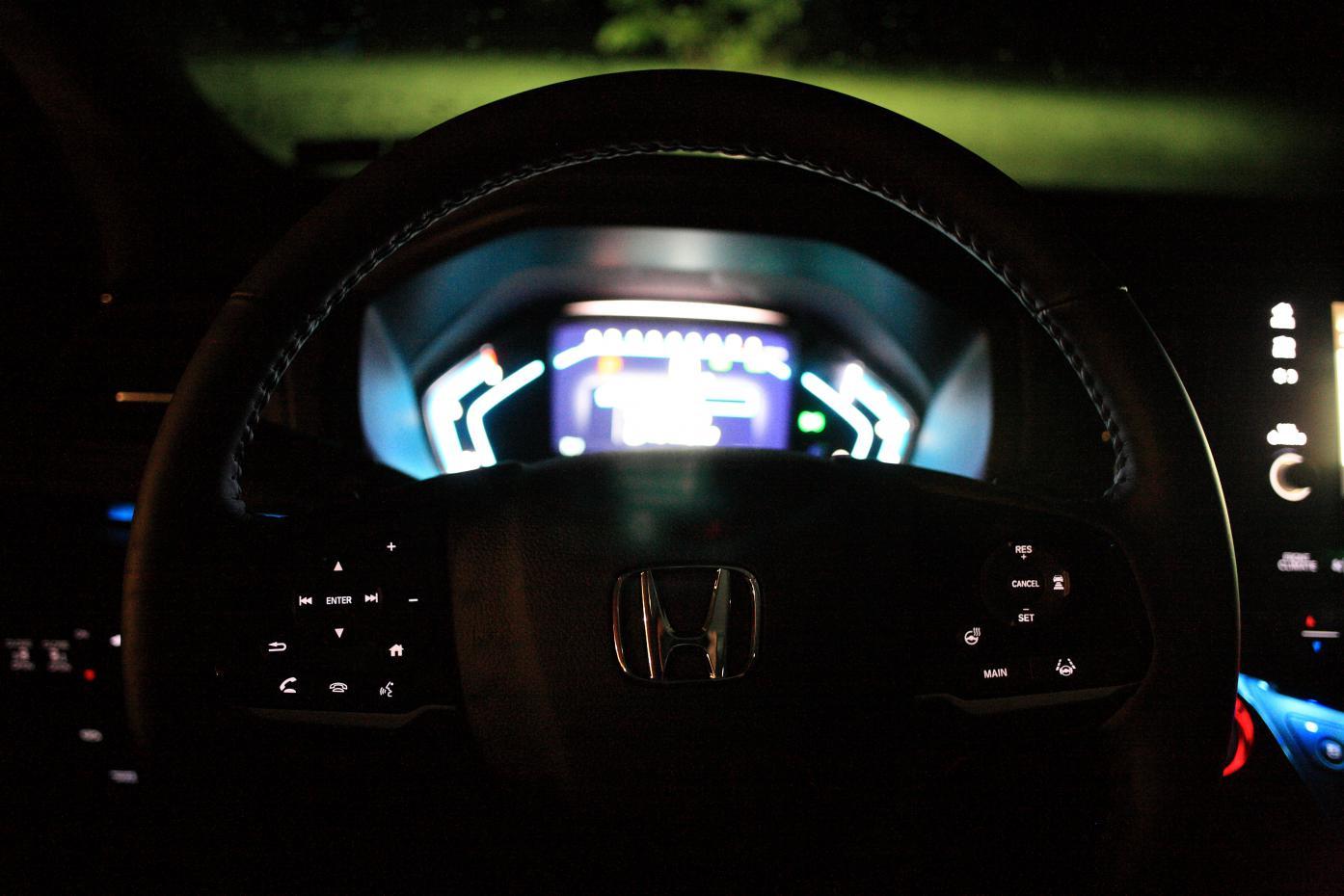 Panel and Button Lighting when Using Headlights-img_2345.jpg