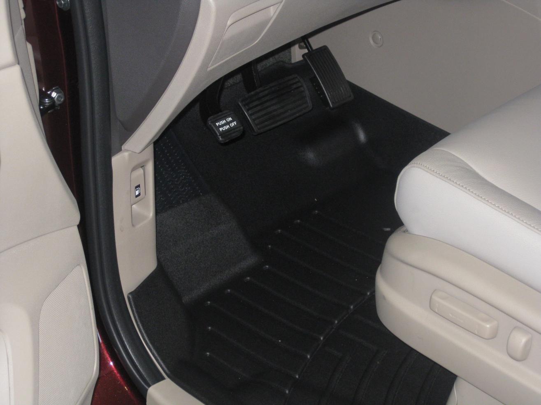 Beige Interior With Black Floor Mats Mats With Beige Interior