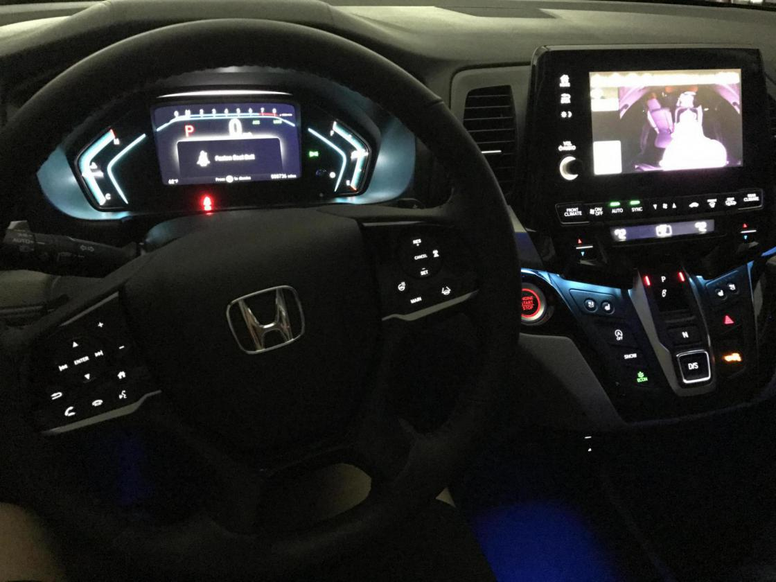 Panel and Button Lighting when Using Headlights-img_4907_1497239194493.jpg