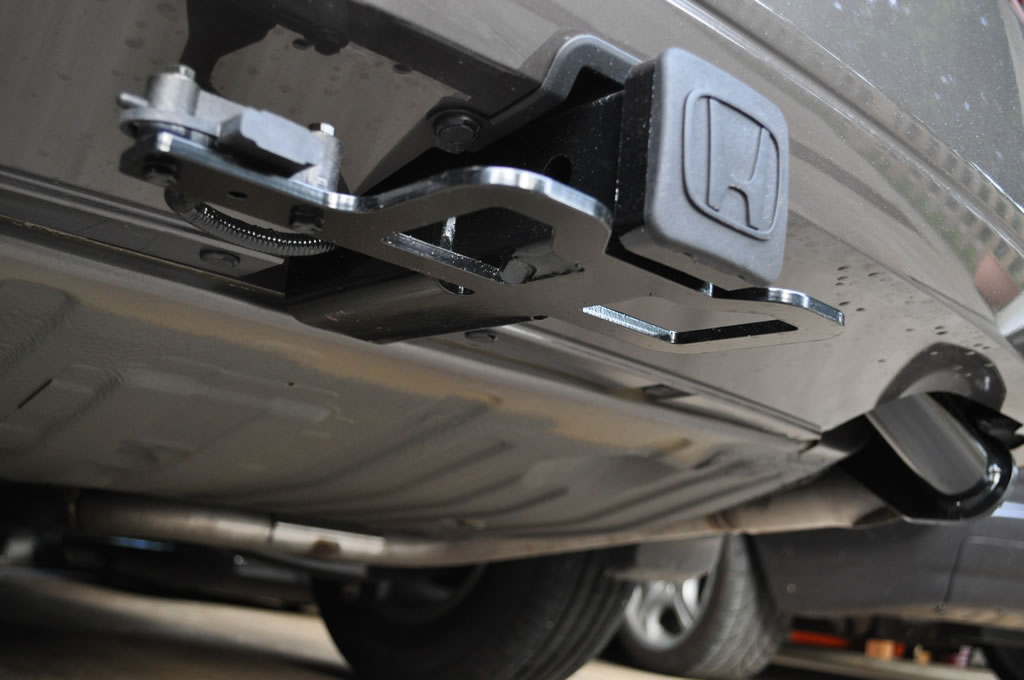 How to install a trailer hitch