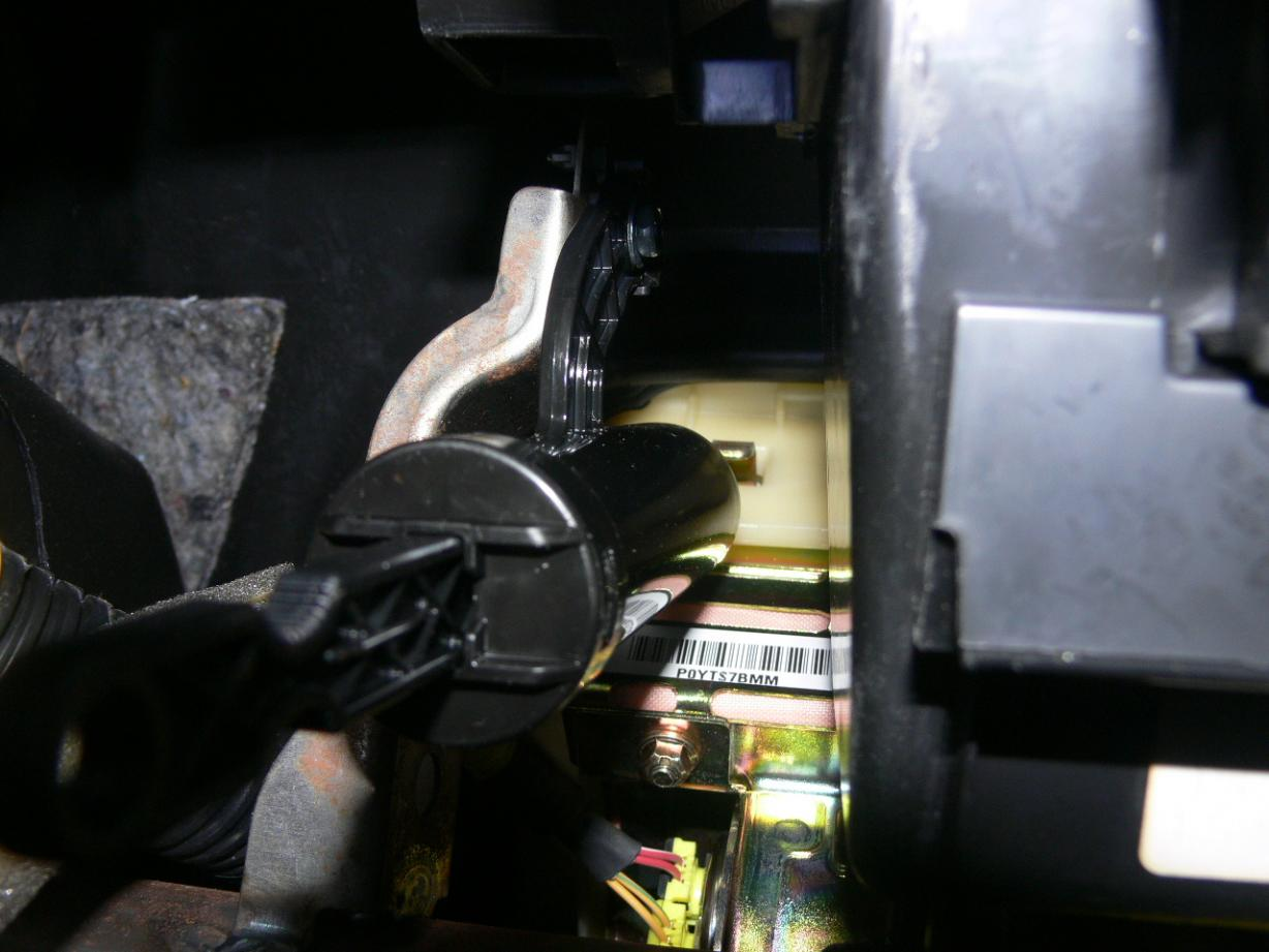 Sticky Glove Box Damper Location And Pictures