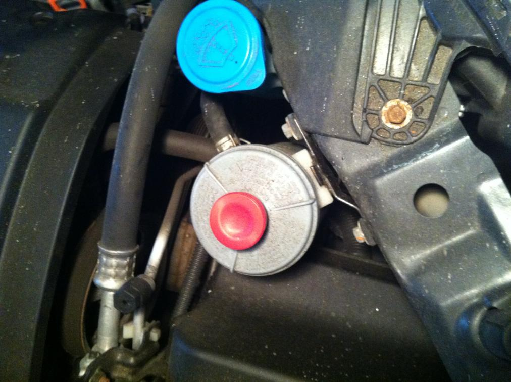Confused: Do I Have The New Power Steering Reservoir? Photo