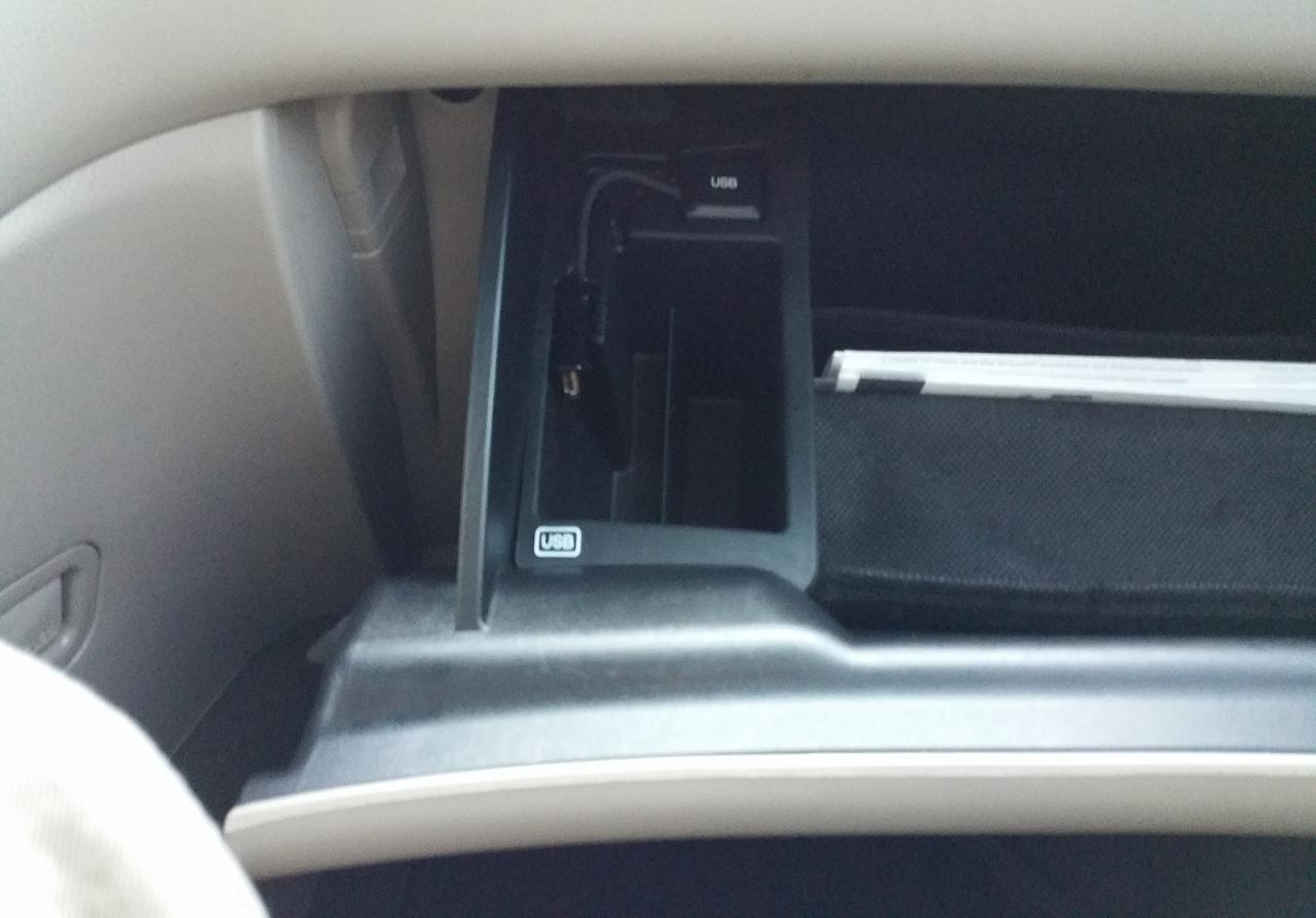 56314d1419015883 2015 touring coin holder front center console suggestions usb holder - 2011 Honda Odyssey Touring