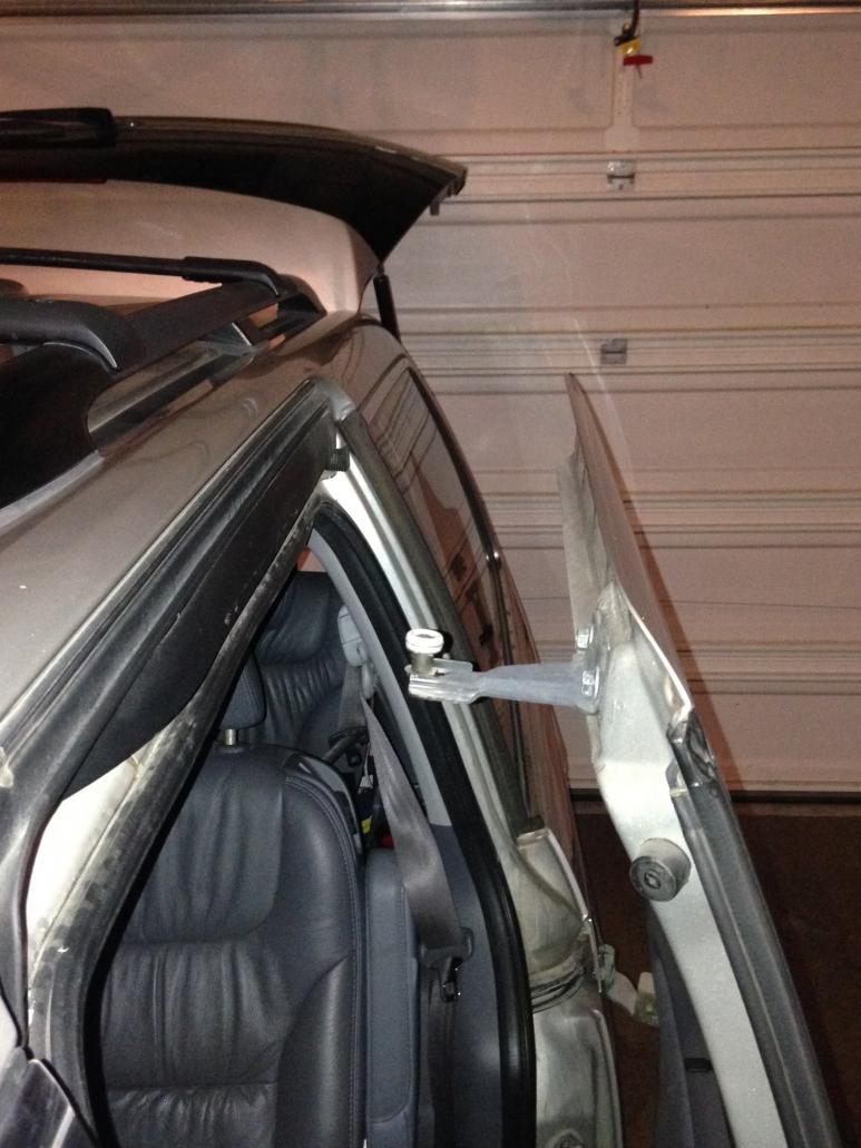 Psa 2007 Oddy Rear Sliding Door Fell Off Van2 Jpg